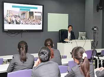 Organized a lecture on A Regional Tour Guiding and Tour Leading Techniques and International DMC to Share from leading travel company speakers, Intrepid Travel (Melbourne), Australia.